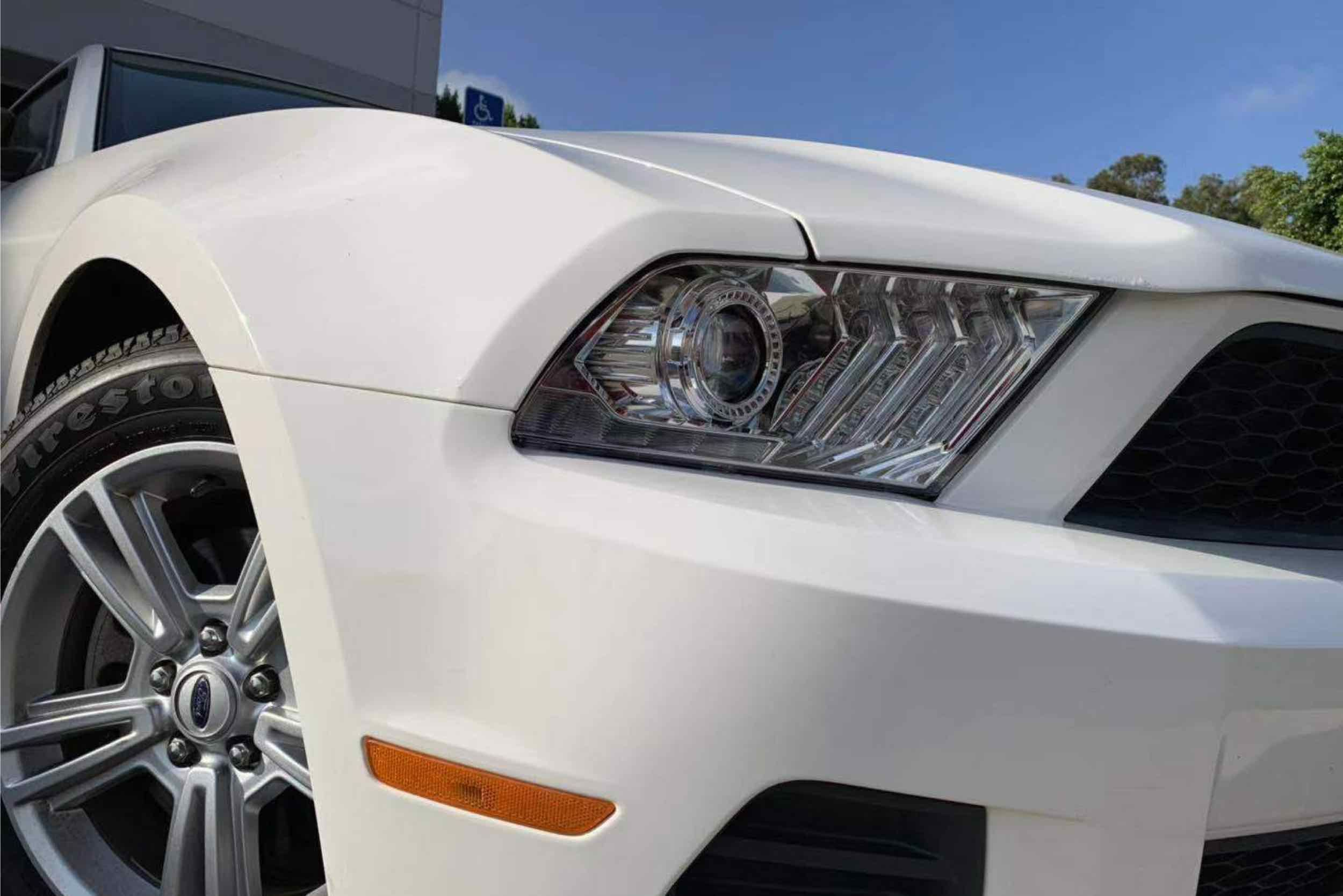 6th Gen Look Switchback DRL//Sequential Signal LED Tube Projector Headlights Black AlphaRex PRO-Series Chrome Fit 10-12 Ford Mustang Halogen Type